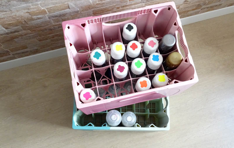 How to spray paint an organizer from a beer crate