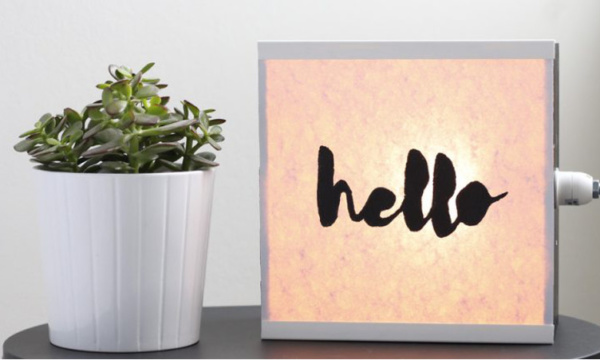 DIY-of-how-to-create-a-light-box-with-message
