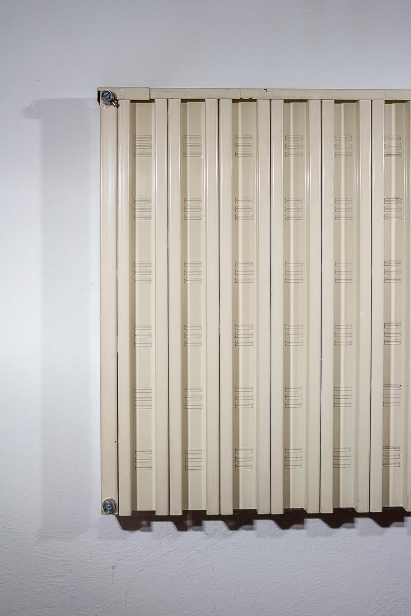 paint-radiator-before